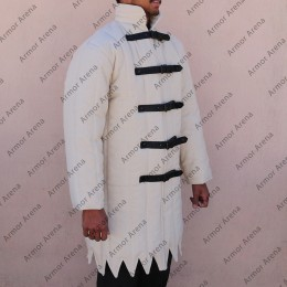 Long Sleeves Gambeson with Pointed Bottom