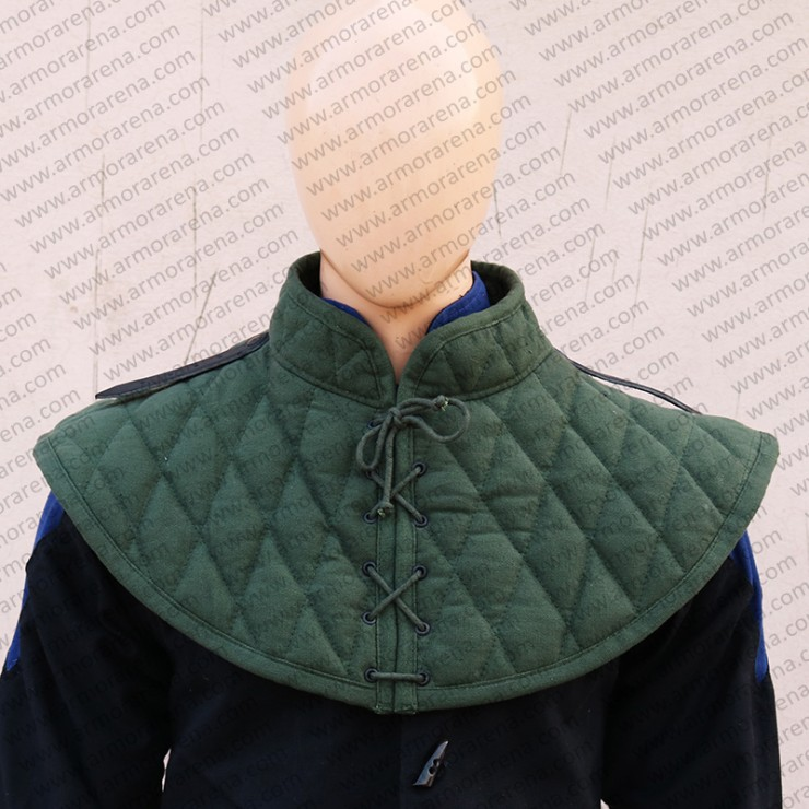 Padded Collar with Front Closing