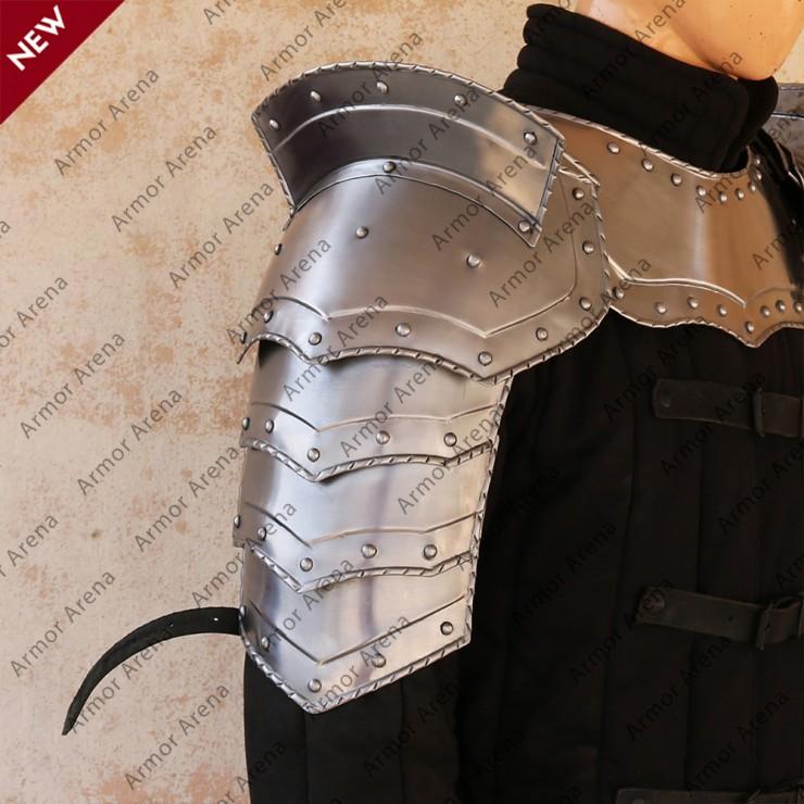 Combat Shoulders